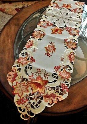 Autumn Leaves Table Runner (Thanksgiving Fall Table Runner Autumn Leaves Splendor 69