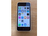iPhone 5c white 8gb Vodafone box no charge lead or plug