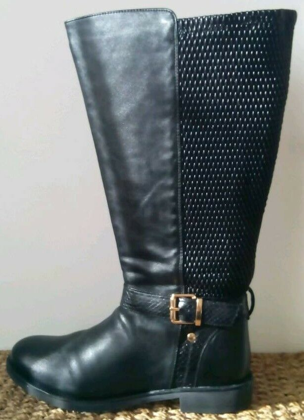 516a81ca72f Ladies Wide Fitting Long Boots size 7.
