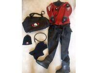 Tailored Ursuit Cordura Lady diving dry suit (size S)