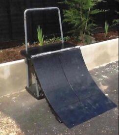 Skateboard Scooter Quarter Pipe Ramp
