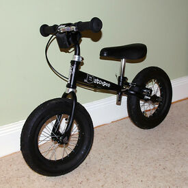 Stompee Balance mountain bike for very young kids, children, child. VGC