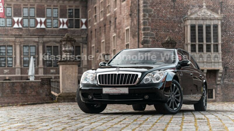 Maybach 62 S/Black on beige/Full Options