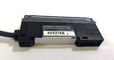 Keyence Fs-v11p 4552768 Fiber Optic Sensor