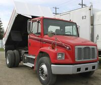 2000 Freightliner FL80 single axle