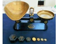 Vintage F J Thornton & Co Ltd (The Viking) Black Cast Weighing Scales * 7 Weights
