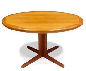 60s superb Danish Mid Century vintage Laurits M. Larsen Teak extending round dining table