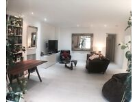 Lovely Double Room in Garden Flat near to Notting Hill & Westfield.