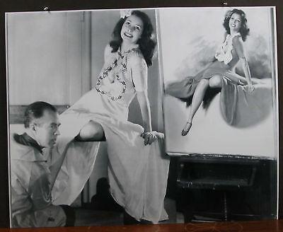 Earl Moran B&W Model Shot Dorothy Rice Sitting Pretty