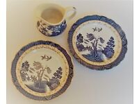 2 vintage real old willow antique plates + 1 jug