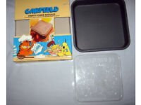 GARFIELD PARTY CAKE TINS AND MOULDS