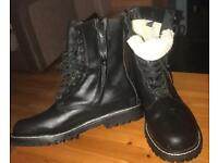 Size 12 fur lined boots