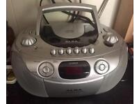 Radio and CD player - perfect working order
