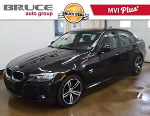 2011 BMW 3 Series 328i - LEATHER INTERIOR / AWD / SUN ROOF