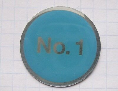 OLYMPUS  /  KAMERA / No. 1    ....... Foto-Pin (110k) Olympus Pins