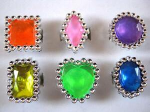 Bulk Lot x 12 Plastic Silver Mixed Colour Girls Rhinestone Rings Party Favors