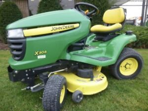 John Deere X-304 4-Wheel Steer Garden Tractor/ 3700psi pressure