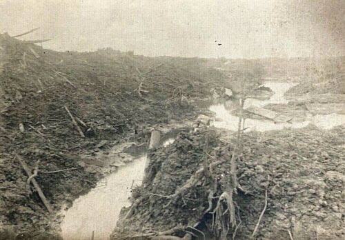 ORIGINAL WW1 GERMAN VIEW of FLOODED FRONT LINE TRENCHES PHOTO POSTCARD ID