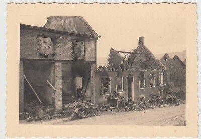 (F28995) Orig. Foto Herbisheim, zerstörte Häuser 1939