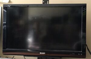 """Sharp Aquos 40"""" lcd tv with stand and remote"""