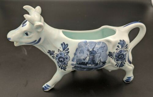 VINTAGE PORCELAIN HOLLAND COW CREAMER PITCHER BLUE WILLOW