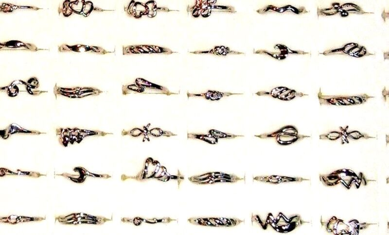 100 huge lot rings band wholesale metal hearts free style with case