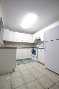 UWO Student Apts for $531/person! Parking & Internet Included London Ontario image 4