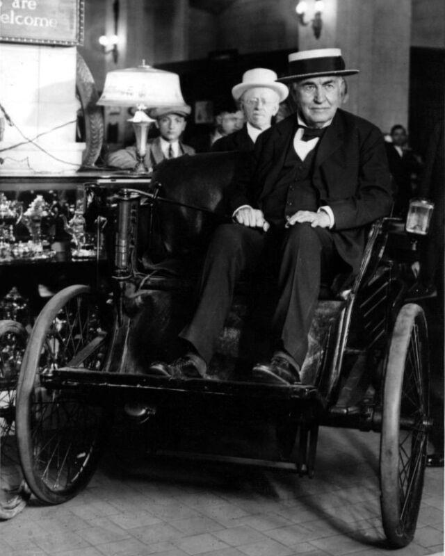 1923 American Inventor THOMAS A. EDISON Glossy 8x10 Photo Electic Car Print