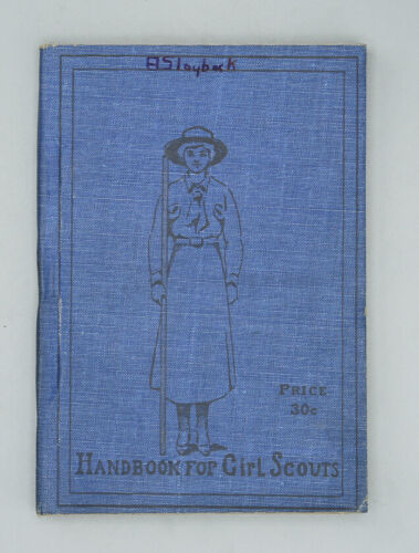 1917 HANDBOOK FOR GIRL SCOUTS - HOW GIRLS CAN HELP THEIR COUNTRY - RARE VINTAGE!