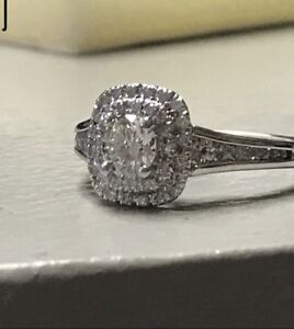 14kt White Gold Diamond Engagement Ring Featuring a 0.50ct