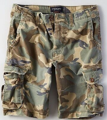 AMERICAN EAGLE EXTREME FLEX CLASSIC CARGO SHORTS Camo Green Men