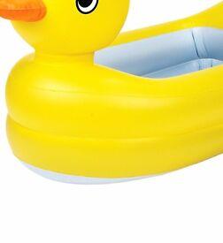 Munchkin Inflatable Duck Bath Tub