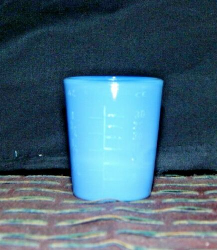 BLUE MILK GLASS 1 oz. MEASURE CUP 2 Tablespoon & Fractional oz. Measures da