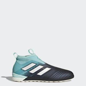Souliers de soccer Adidas a vendre