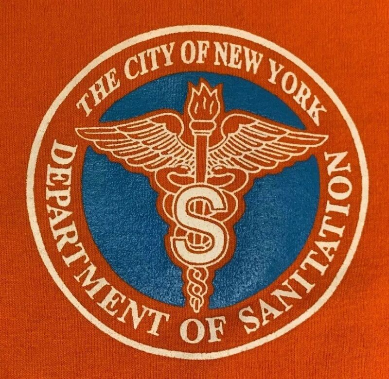 DSNY NYC New York City Department of Sanitation T-Shirt L NEW!! City Of New York