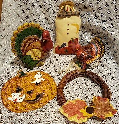 Lot of Thanksgiving & Fall Decorations-2 Turkeys/Pumpkin/Strawman/Wreath