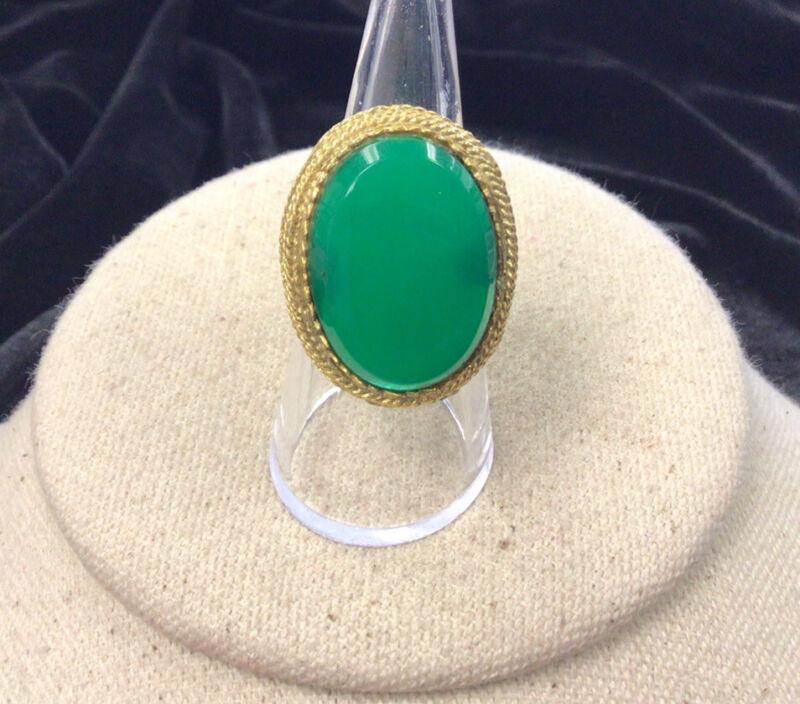 Vintage Gold Tone Costume Large Green Plastic Stone Ring Sz 5.75 II738