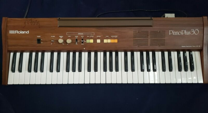 Vintage Roland Piano Plus 30 HP-30 Working Electric Keyboard 1980s