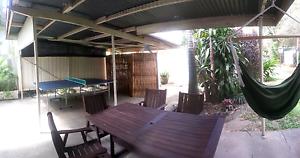Big double room Bungalow Cairns City Preview