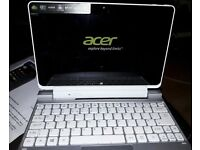Acer Iconia W510p Tablet & Docking Station
