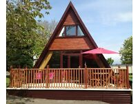 Luxury Log Cabin situated on Haven site Hafan Y Mor 3 bedroom sleeps 7