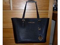 Brand New Genuine Michael Kors Jet Set Tote Saffiano Bag (Black)