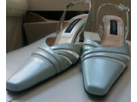 PALE GREEN JACQUES VERT SHOES SIZE 5 WITH MATCHING HAND BAG IN BOX VGC