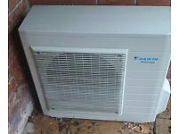 Daikin split aircondition unit. Come with both indoor and outdoor unit,remote contro and bracket .