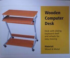 Computer Desk Brand New (Wood & Metal)