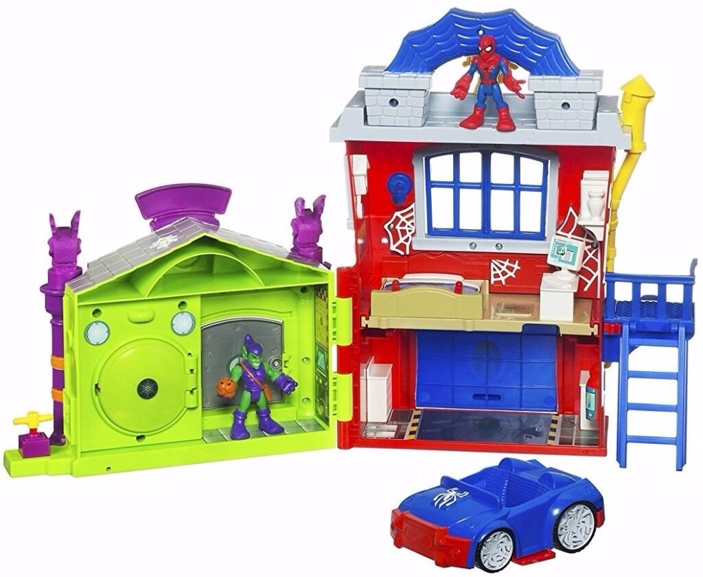 Playskool Heroes Marvel AdventuresSpider Man Crime Fightin Headquarters4 Figuresin Worksop, NottinghamshireGumtree - Playskool Heroes Marvel Adventures Spider Man Crime Fightin Headquarters Includes extra characters Headquarters with car Spiderman Green Goblin with Glider Thor with cape and hammer Hulk The headquarters features Trap door bed Spinning escape window...