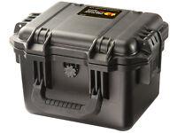 Pelican Case iM2075SSF Waterproof-Crushproof 24.1X19.1X18.4CM