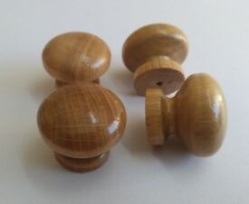 4 wooden oak lacquered kitchen door knobs cabinet cupboard