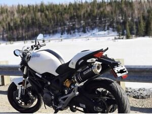 Monster 696 Abs Ducati , moto , plusieurs options ( 2000$) Blanc