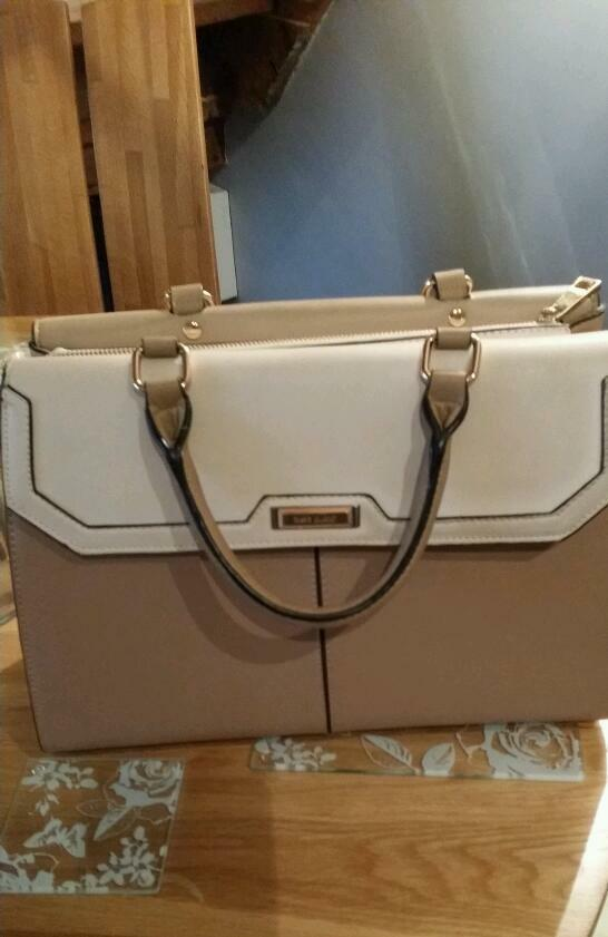 River island tan bag